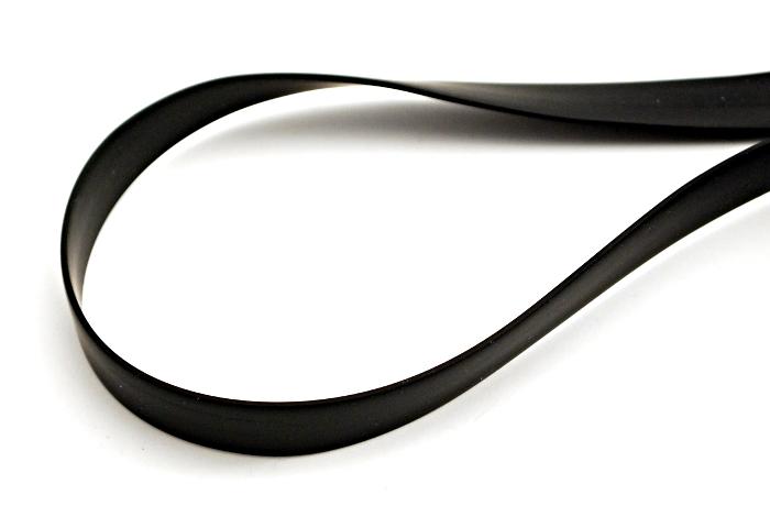 Kauczuk czarny pasek