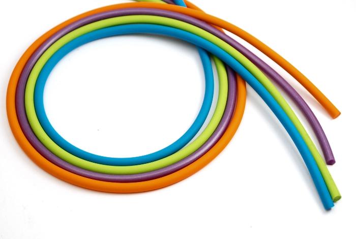 Kauczuk kolorowy okrągły (pełny)