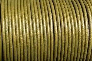 Oliwka złota-metaliczna