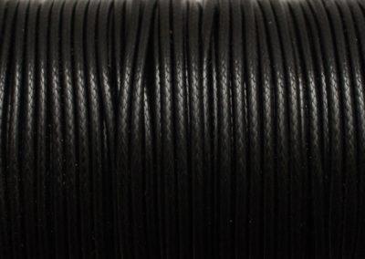 Sznurek lakierowany czarny