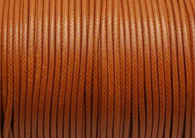 Sznurek lakierowany jasny brąz